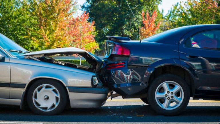 fender bender between two cars