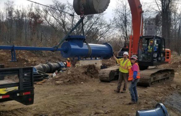 Water transmission line tie in work