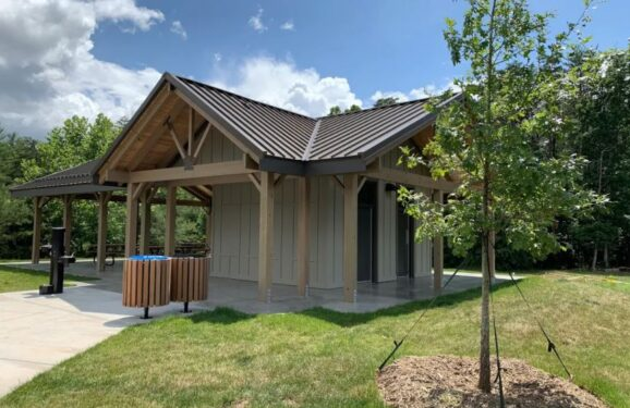 Richmond Hill Park Pavilion and restroom facility