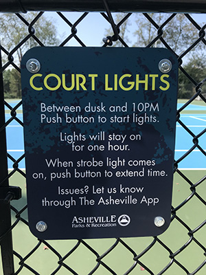 court lights sign