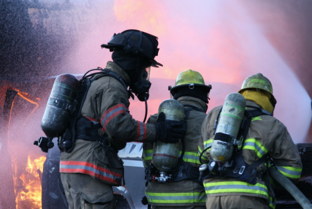 firefighter self contained breathing aparatus gear