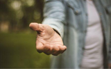HHelping hand homelessnes